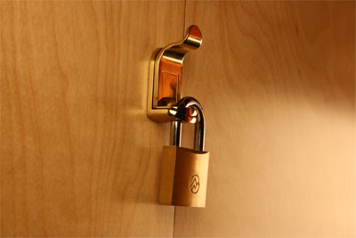 padlockable handle